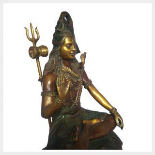 Shiva sitzend Abhaya Mudra Seite