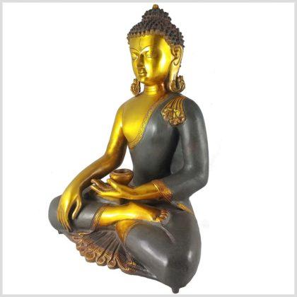 Erdender Buddha Kundal Messing graugold Seitenansicht
