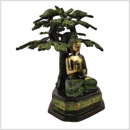 Buddha unterm Bodhibaum Seitenansicht rechts