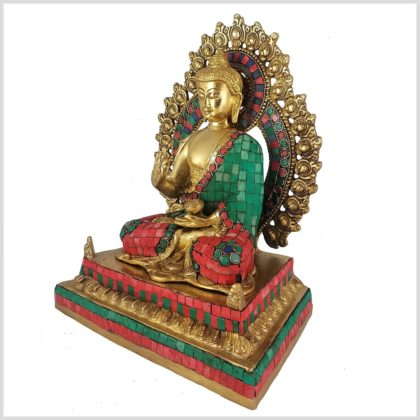 Lehrender Buddha mit Steinen Seitenansicht Links