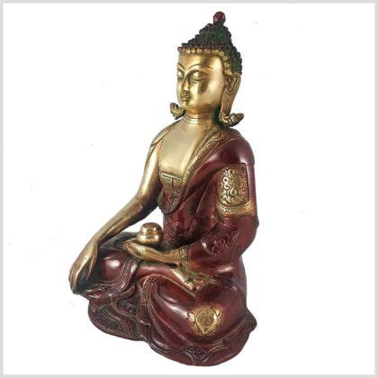 Erdender Buddha seitliche Ansicht rechts