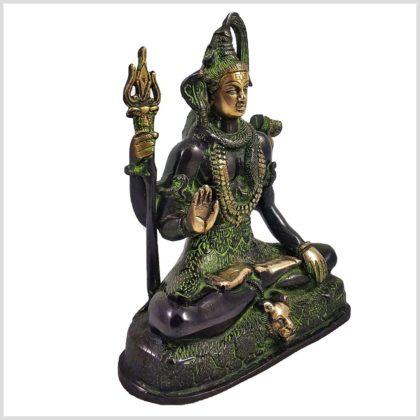 Shiva sitzend Abhaya Mudra Seitenansicht Links