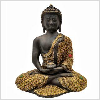 Erleuchteter Buddha mit Metallarbeiten