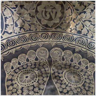 Fußklangschale Nepal 6680g Fußreflexzonenmassage Details