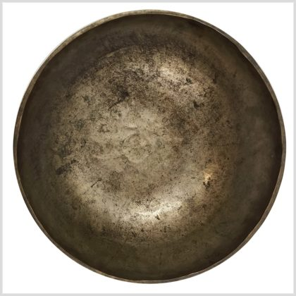 Antike Solarplexus Klangschale aus Tibet 2107g Oben