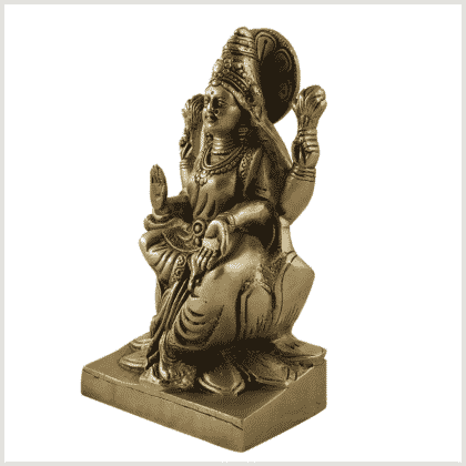 Lakshmi auf Podest Messing 18,7cm Seite links