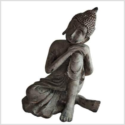 Ruhender Buddha auf Knie 5,7kg steingrau Vorne